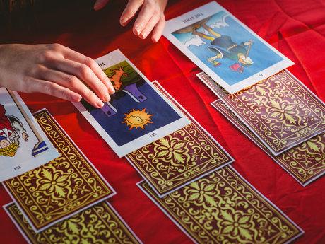 Spiritual tarot reader and medium