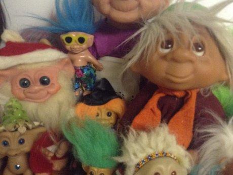 Troll doll identifying service!