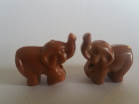 2 little Elephant Charms
