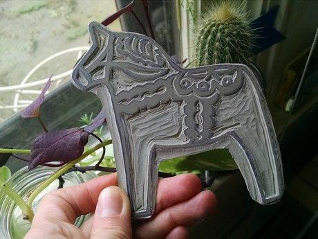 Lino cut: Dala horse