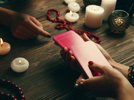 Psychic and Tarot Readings