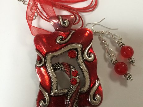 Red Enamel Pendant with Earrings
